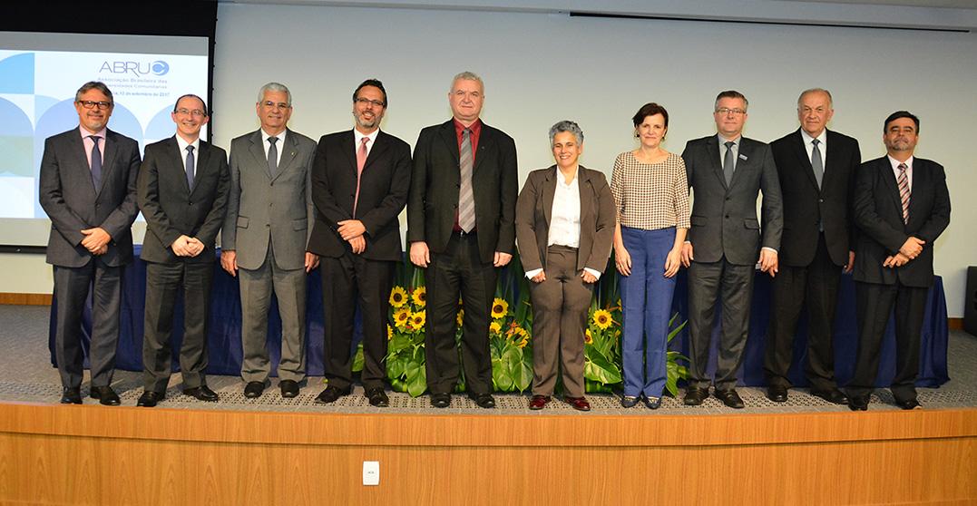 Ney Lazzari é eleito vice-presidente da Abruc
