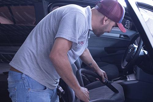 Manutenção e higienização do automóvel são feitas com frequência por Seltenreich