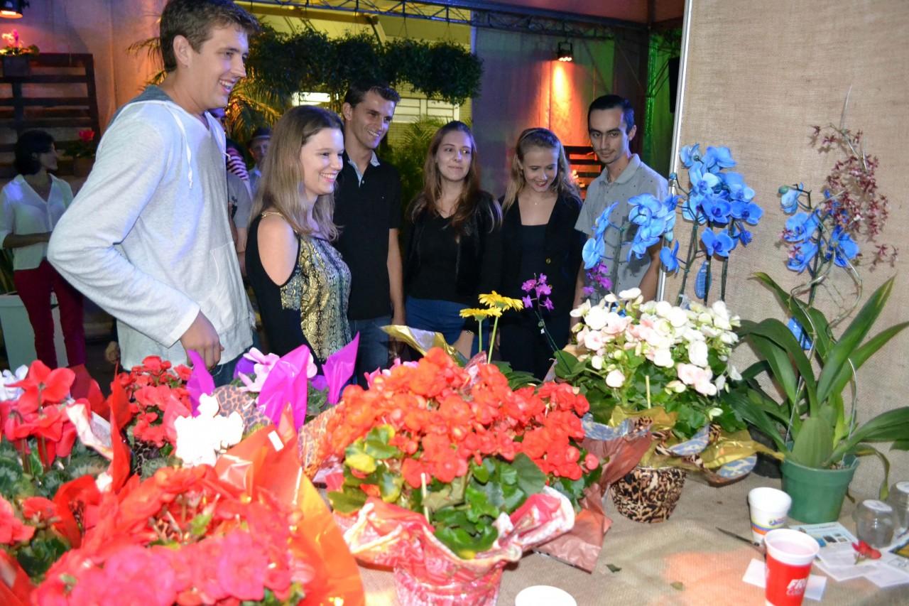 Cidade lança festa de flores e de orgânicos