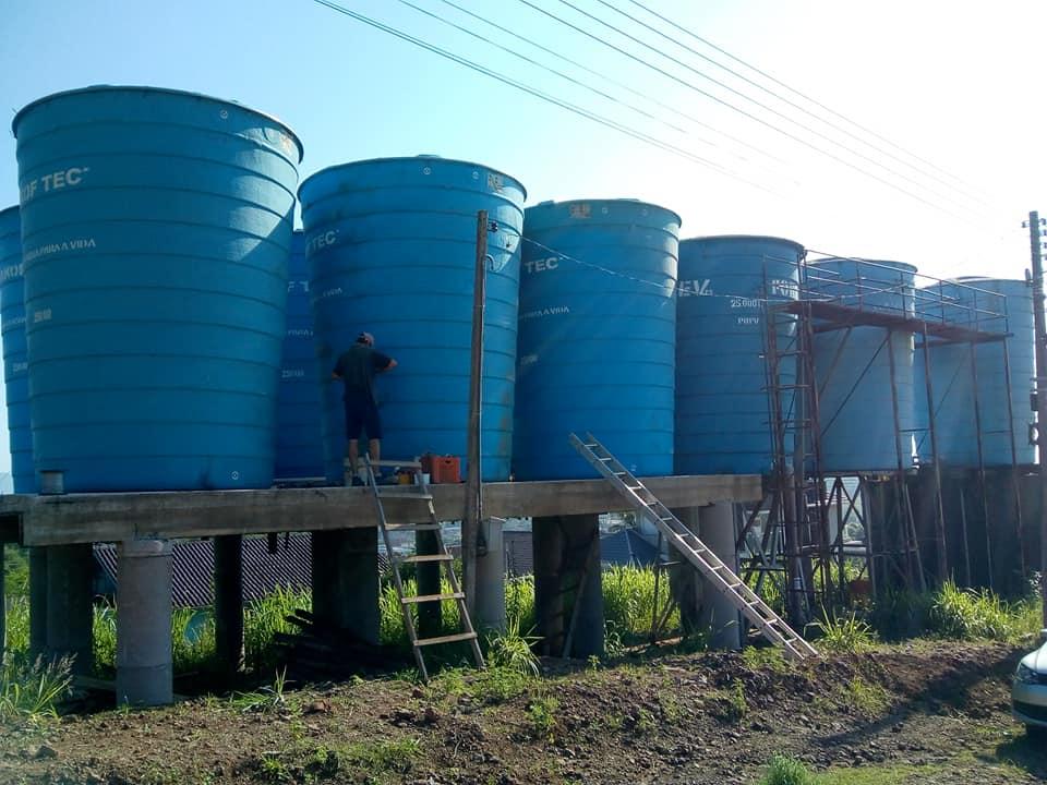 Administração municipal instala mais três reservatórios d'água em Conventos
