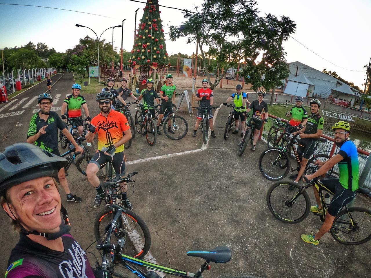 Ciclistas do Vale concluem desafio de 500 km