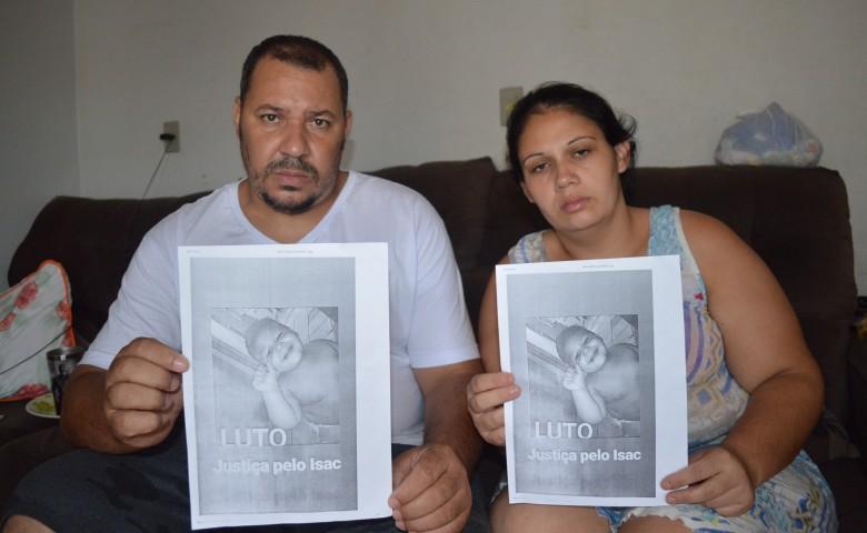 Fabiano e Deise buscam respostas para a morte do filho caçula, um dia após ser liberado do hospital