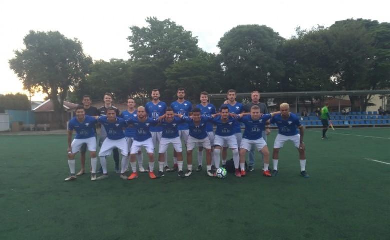Mercenários iniciou o torneio vencendo o Coringa por 2 x 0, gols de Juninho e Teteu
