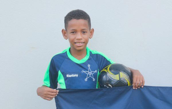 Fluminense monitora jovem promessa de Estrela