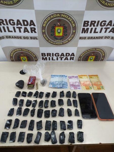 Mulher é presa na BR-386 por tráfico de drogas