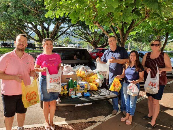 Famílias em vulnerabilidade recebem doações de produtos de higiene