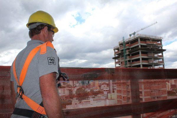 Construção civil retoma as atividades na segunda-feira