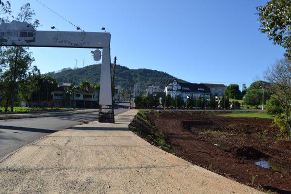 Teutônia conclui parte de obra no acesso ao Centro Administrativo
