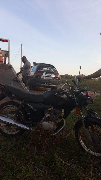 Polícia recupera moto furtada a menos de 12h