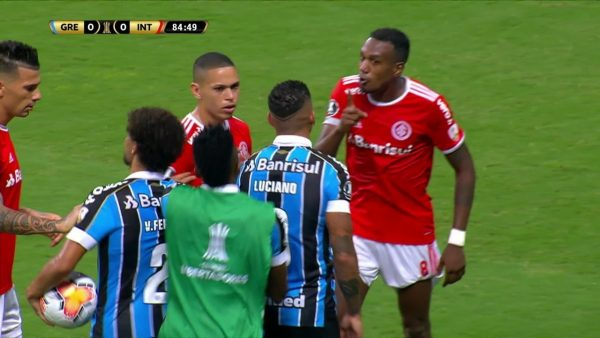 Qual a punição da dupla Gre-Nal pela briga no clássico da Libertadores