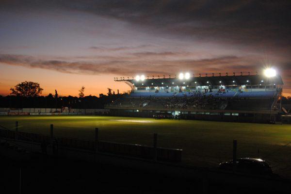 Leilão do Estádio Alviazul é cancelado
