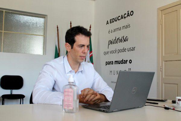 Bolsonaro escolhe novo ministro da Educação