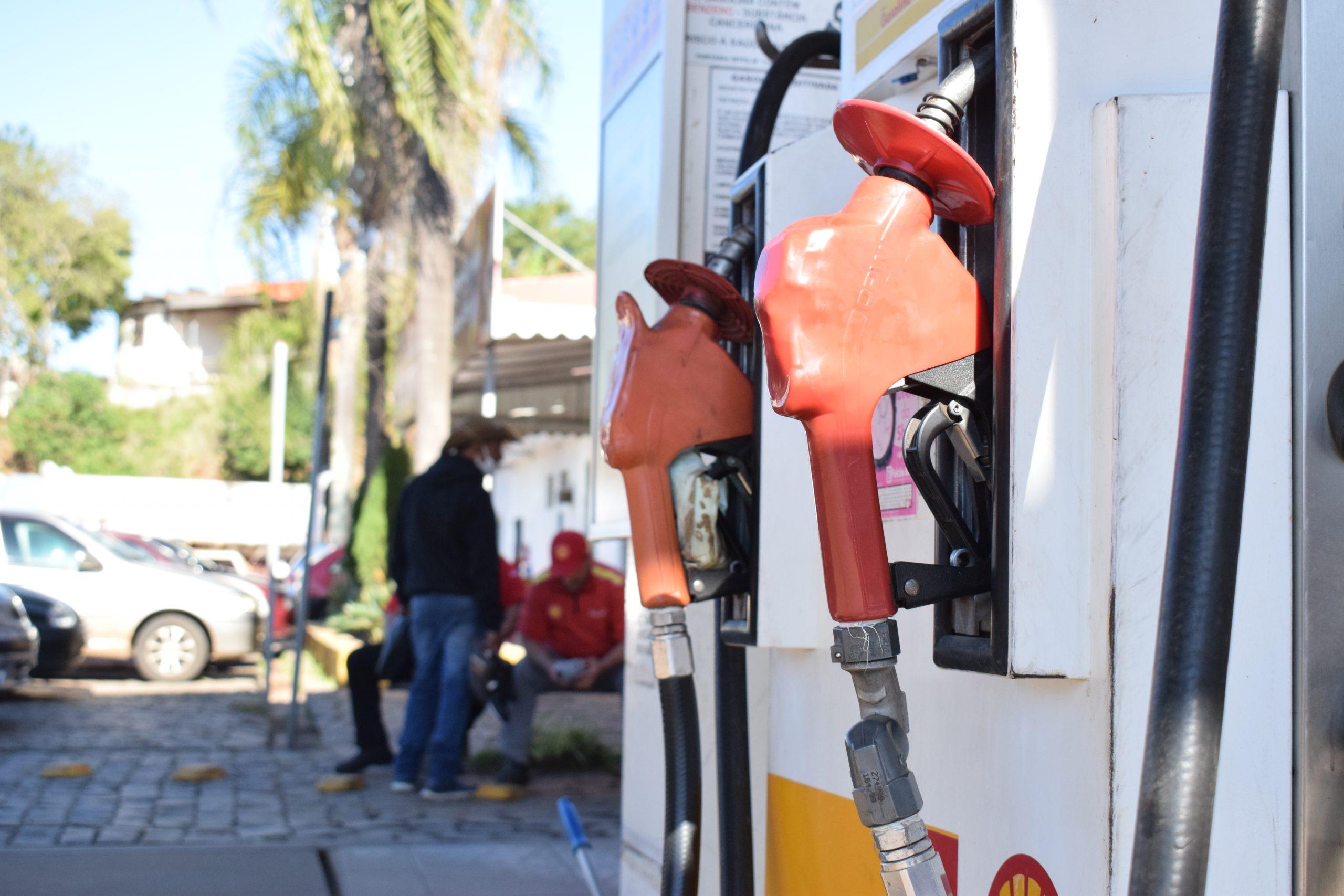Melhor e mais cara, nova gasolina chega aos postos segunda