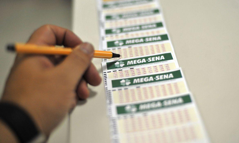 Sem acertadores, Mega-Sena acumula em R$ 60 milhões