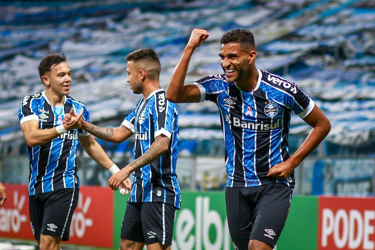 Grêmio abre vantagem pela classificação