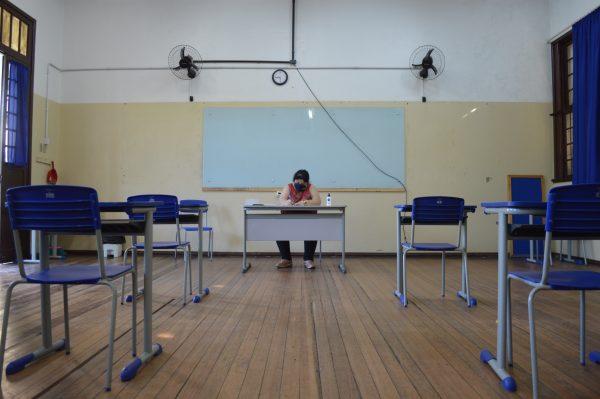 7 notícias: Estado aciona STF para retomar aulas presenciais