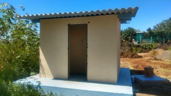 Ladrões furtam porta de abrigo da Corsan no Santo Antônio