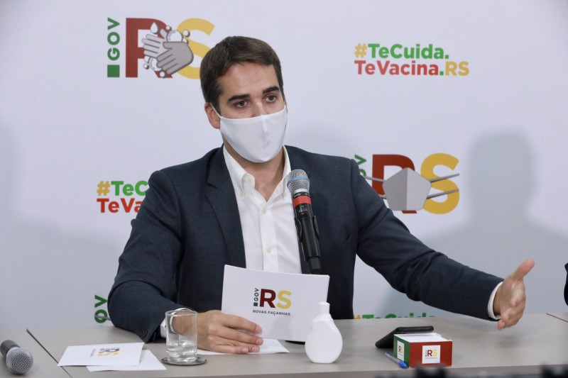 7 notícias: RS antecipa prazo e projeta vacinação de toda a população adulta com uma dose em agosto