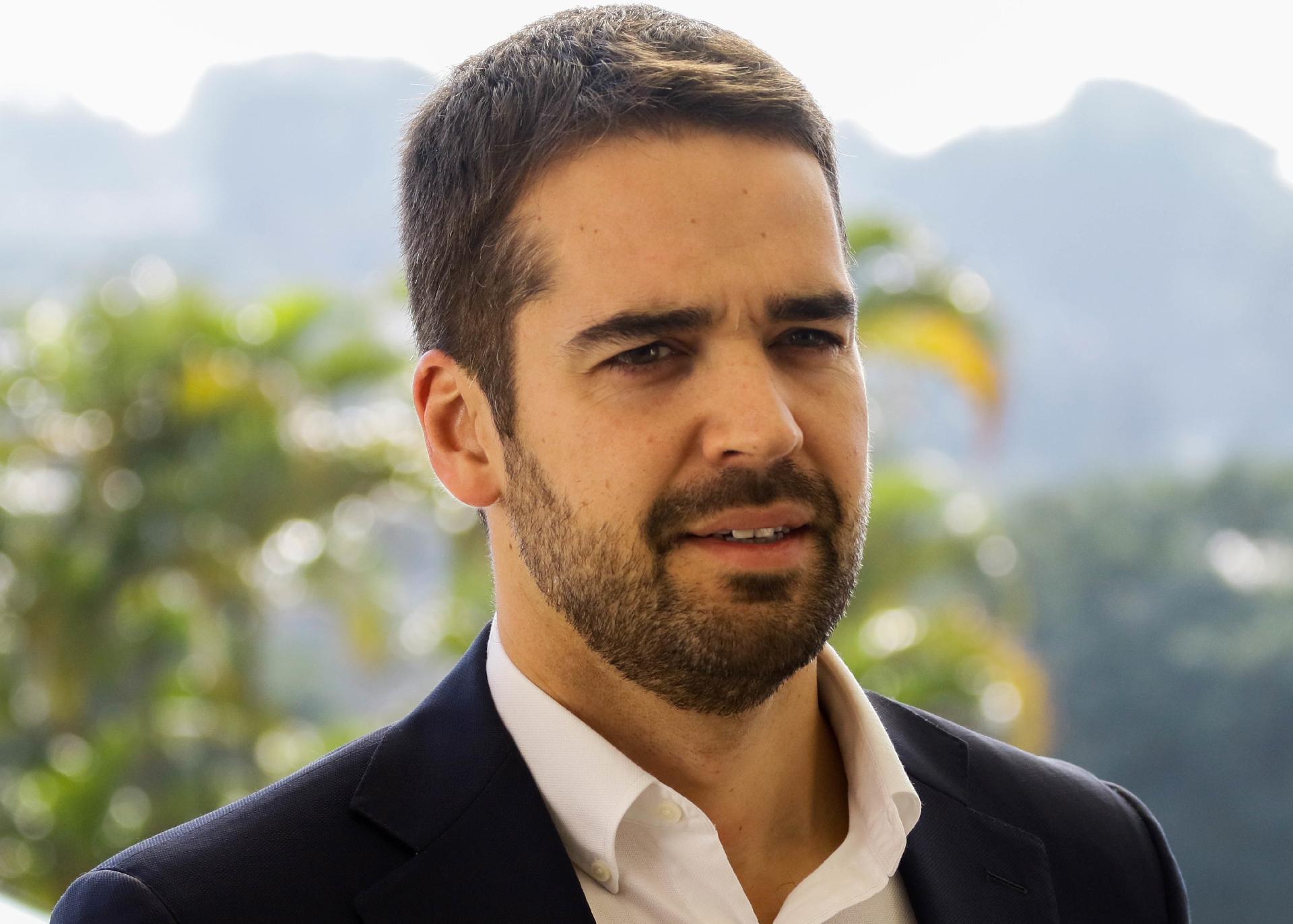 """7 notícias: """"Ninguém chuta cachorro morto"""", ironiza Leite sobre críticas de Lula e Bolsonaro a 3ª via"""