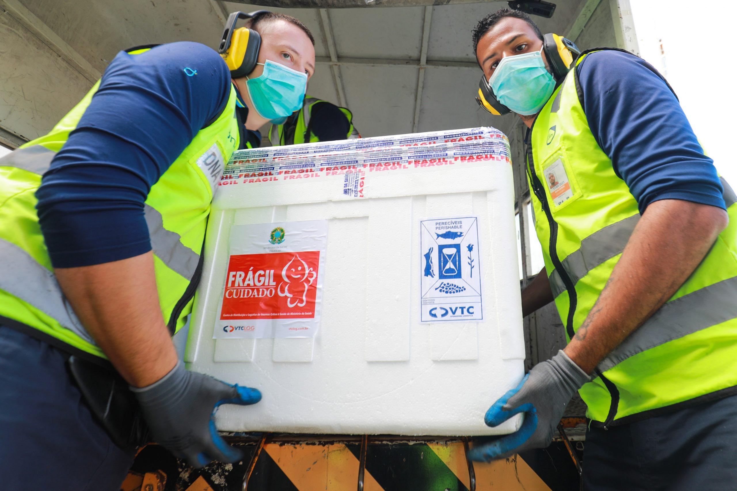 Vale recebe 15.240 novas doses de vacina