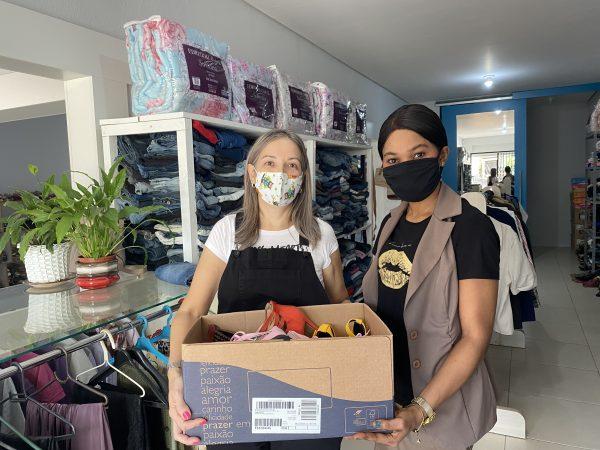Centro de Referência Vestir&Ser recebe as primeiras doações da comunidade