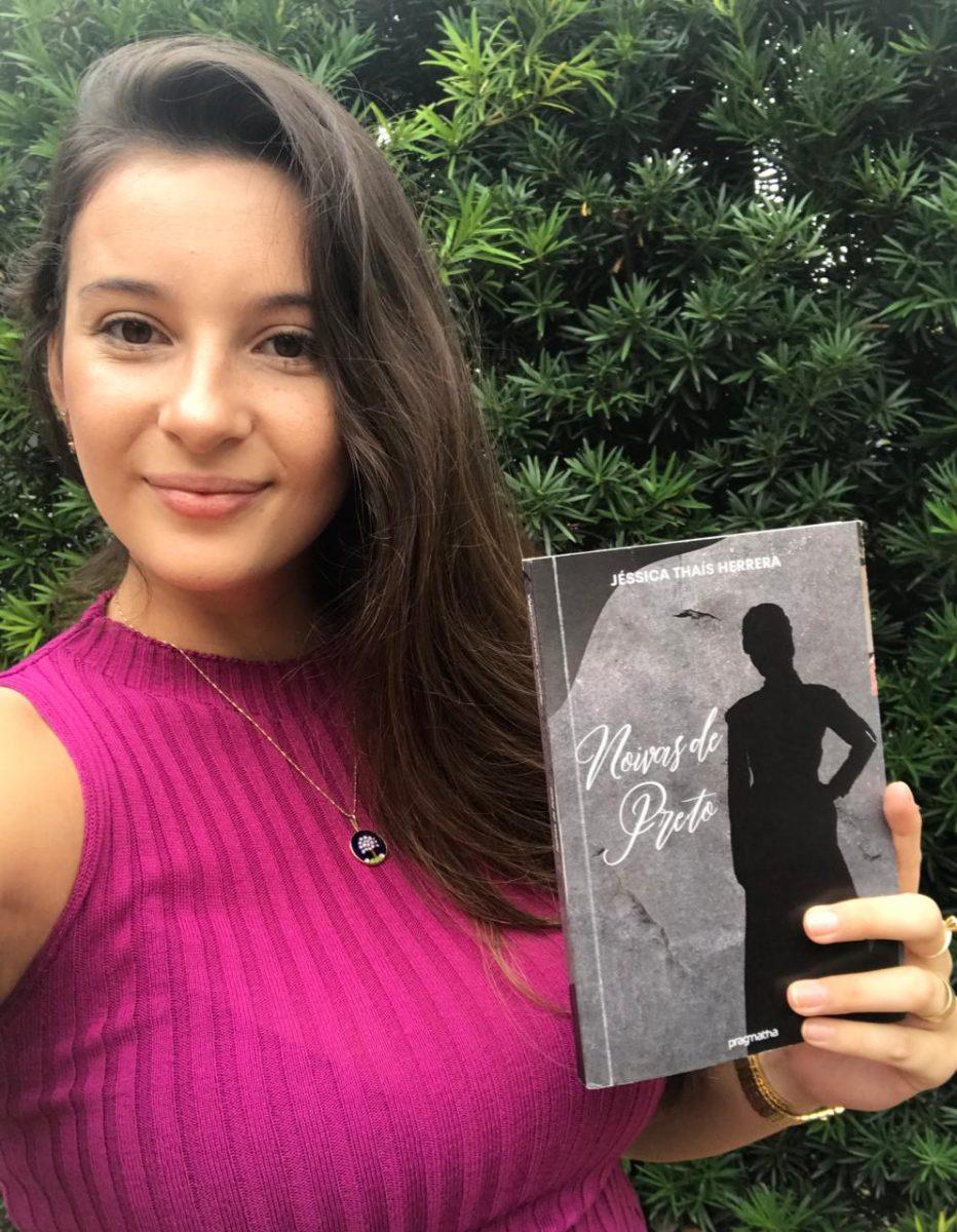 Prenda publica livro com histórias da mulher gaúcha