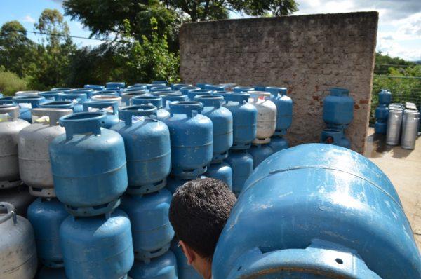 7 notícias: Gás de cozinha da Petrobras sobe quase 6% a partir de segunda-feira