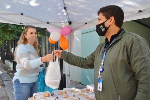 Apae Lajeado inicia comemorações dos 50 anos com Chá de Maio
