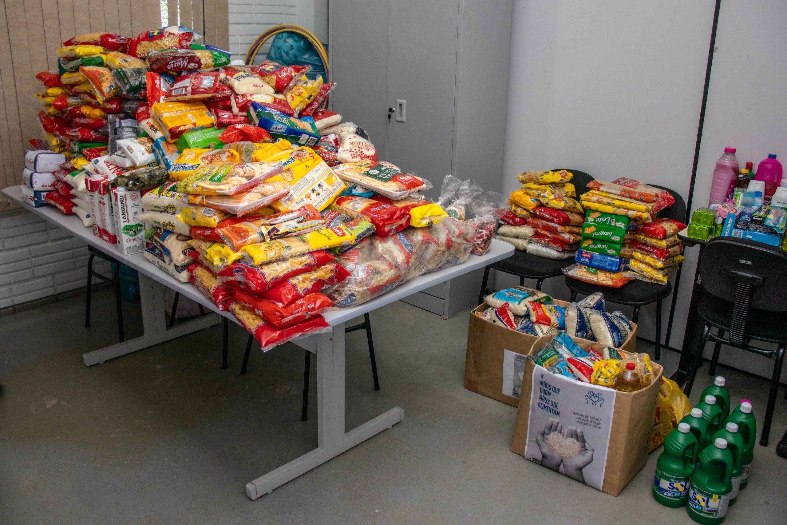 """Campanha """"Mãos que doam, Mãos que alimentam"""" já beneficiou 165 famílias"""