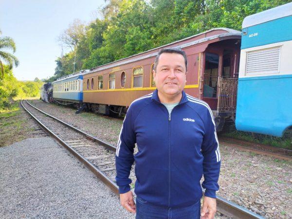 Leandro Arenhart permanece à frente da Amturvales