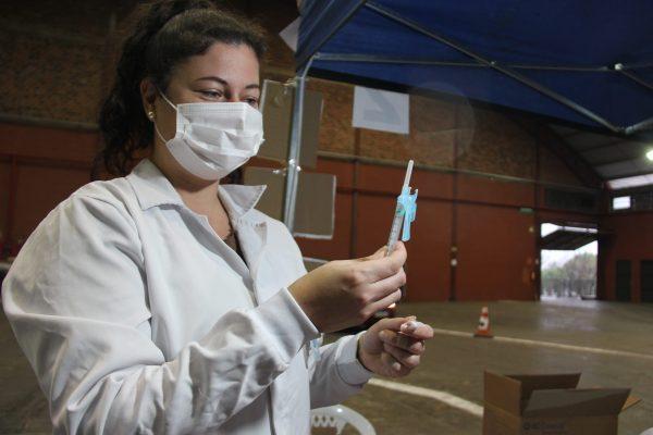 Lajeado amplia vacinação para pessoas com 54 anos neste sábado