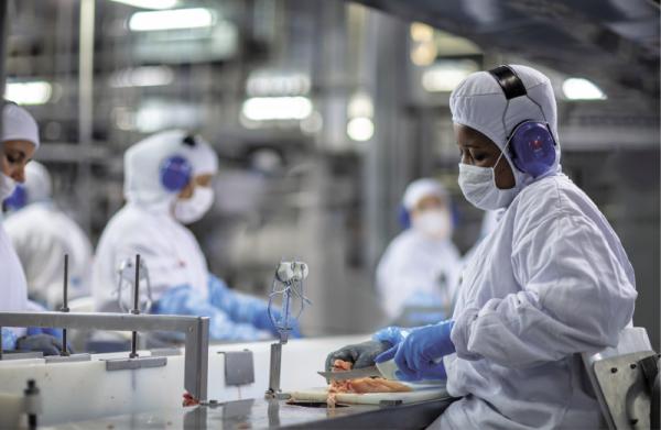 Inflação de insumos industriais é a maior desde 2014, aponta IBGE