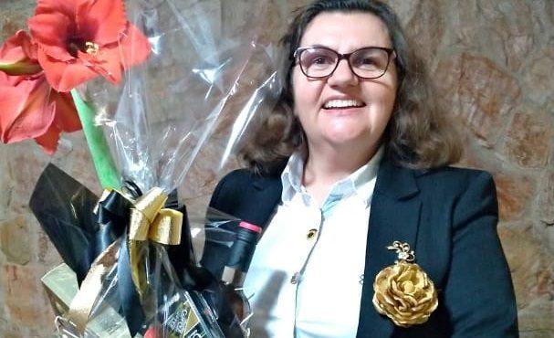 Cláudia Weber assume presidência do Lions Centro