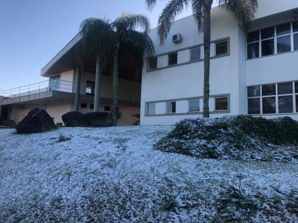 Após a neve, geada e temperatura negativa no Vale
