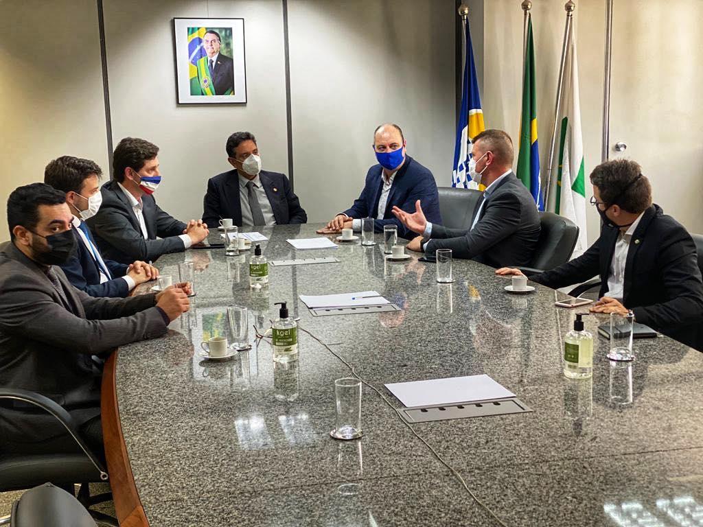 Em Brasília, comitiva de Lajeado obtém aval para prosseguir com permuta entre HBB e INSS