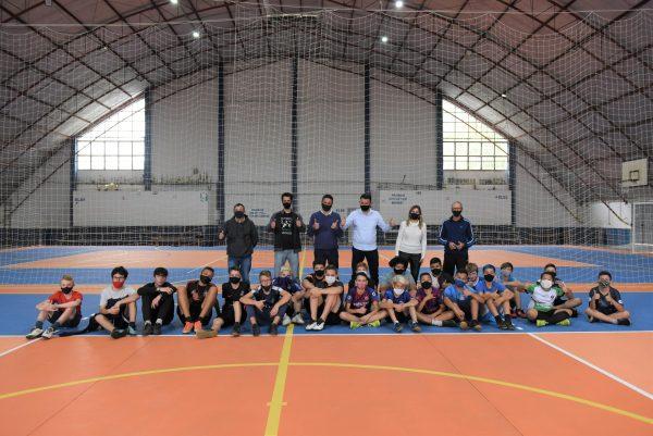 Centro Esportivo Municipal recebe jogos após reforma