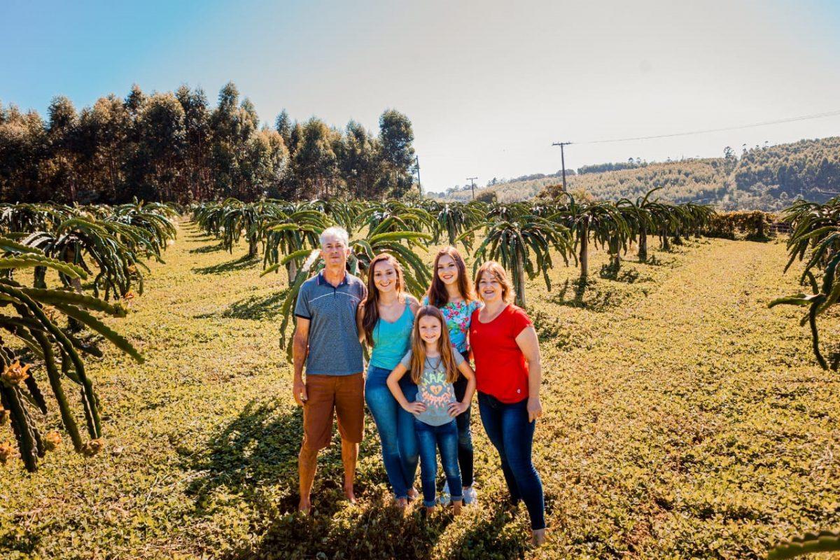 Sicredi Ouro Branco recebe Prêmio Vencedores do Agro 2021