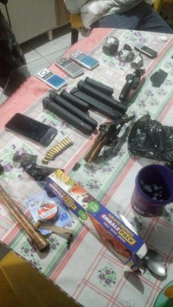 Adolescente é apreendido por porte ilegal de arma e tráfico de drogas em Lajeado