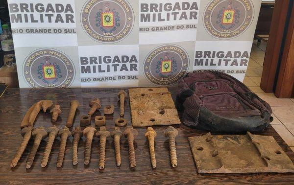 Brigada Militar prende homem por furto de trilho de trem